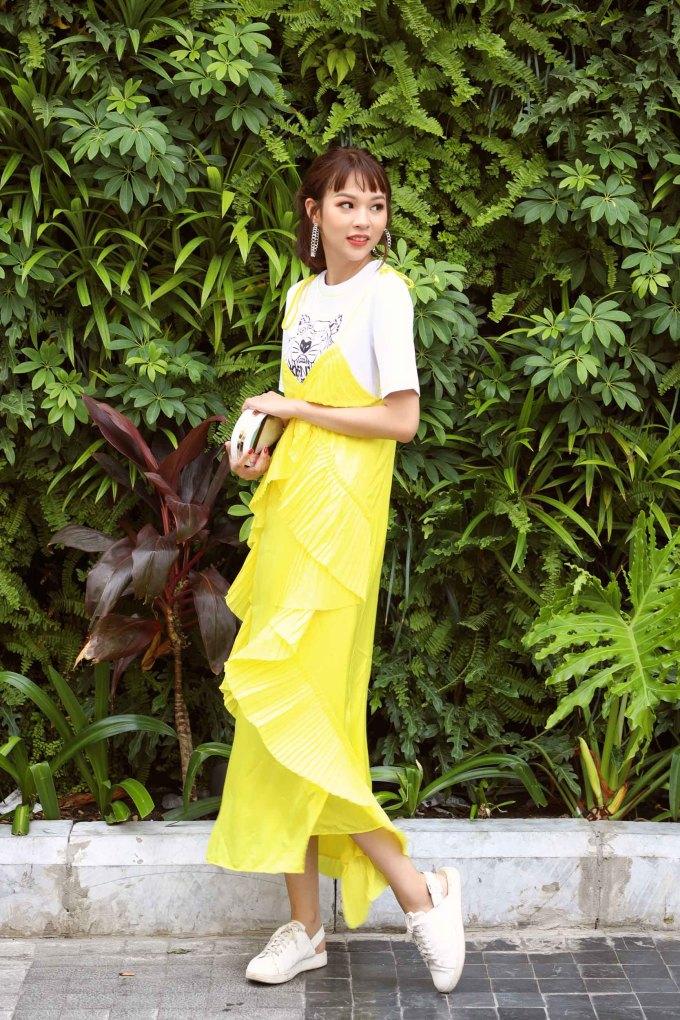 <p> Mới đây, người đẹp Hà thành thực hiện bộ ảnh street style với hình ảnh trẻ trung, tràn đầy sức sống.</p>