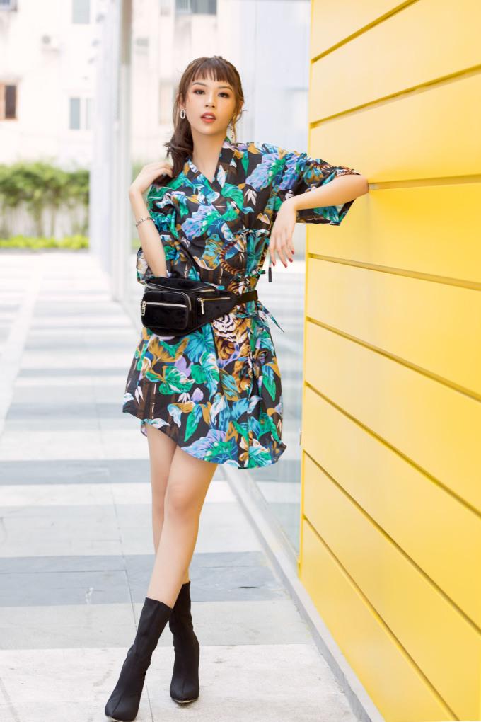 <p> Những cách phối đồ thông minh giúp Phí Phương Anh đang dần trở thành một biểu tượng thời trang mới ở Vbiz.</p>