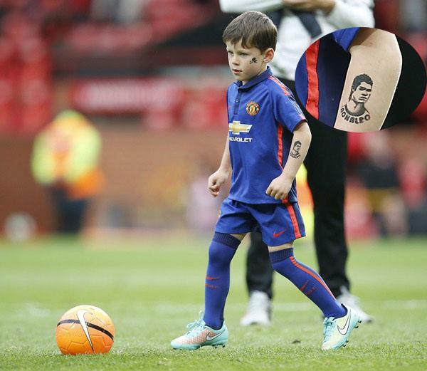 Hình xăm Ronaldo trên cánh tay của Kai.