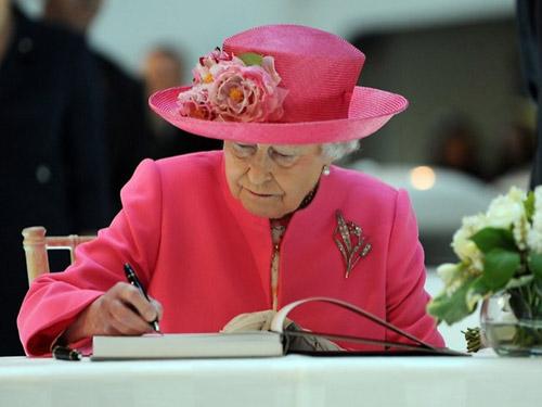 10 nguyên tắc con dâu hoàng gia Anh buộc phải tuân theo - 1