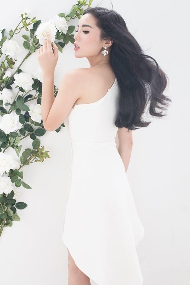 """<p> Bộ ảnh của Mì Gói hợp tác với Kỳ Duyên là một trong những photoshoot ấn tượng nhất của Hoa hậu Việt Nam 2014, đánh dấu sự trở lại của cô sau một thời gian """"im hơi lặng tiếng"""" vì hàng loạt scandal.</p>"""