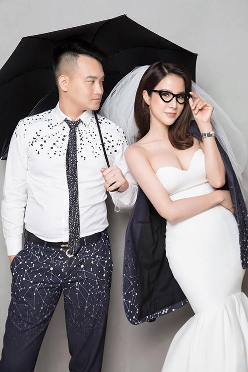 Diệp Lâm Anh tung ảnh cưới nghịch ngợm theo style đậm chất Hàn nhân kỷ niệm 3 năm yêu nhau với ông xã.