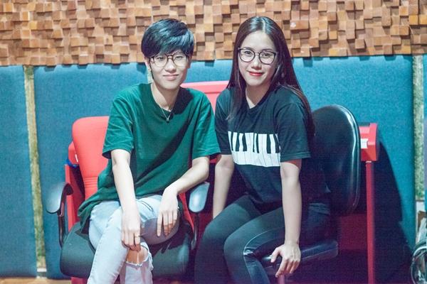 Thùy Chi và nhạc sĩ Tiên Cookie.