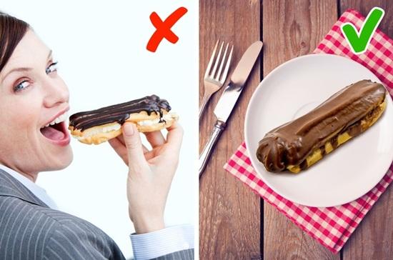Món nào phải dùng dao dĩa, món nào có thể ăn bằng tay? - 13