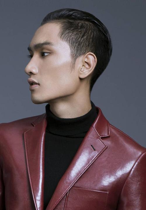 Chàng mẫu trẻ Nguyễn Huy Quang là Á quân Vietnams Next Top Model 2016. Huy Quang cũng là gương mặt được Đỗ Mạnh Cường khám phá, từ trước khi anh tham gia Vietnams Next Top Model.