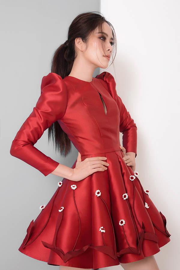 <p> Những thiết kế không quá cầu kỳ nhưng toát lên nét nữ tính, tươi trẻ.</p>
