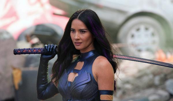 Cô từng xuất hiện trong nhiều bom tấn như Date Night, Iron Man 2. Năm 2015, vai diễn Psylocke trong phim bom tấn X-Men: Apocalypse đưa tên tuổi Olivia Munn nổi danh thế giới. Olivia còn là gương mặt sáng giá của show truyền hình Attack of The Show. Năm 2018, cô sẽ góp mặt trong hai dự án lớn là The Predator và Oceans 8.