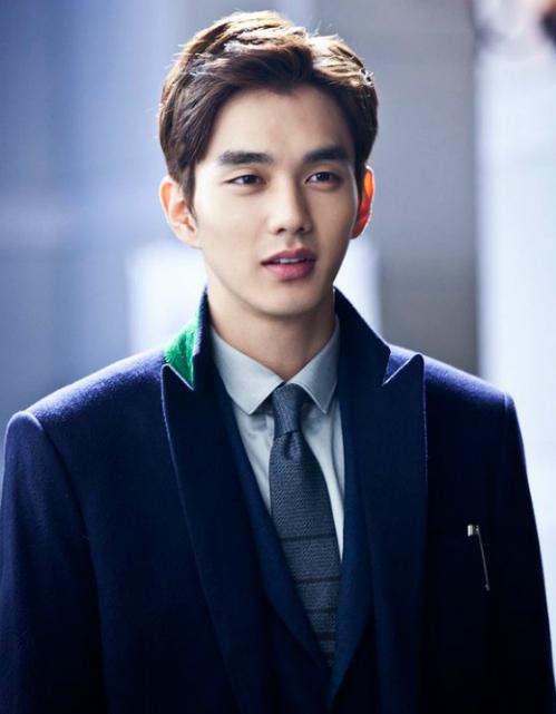 Yoo Seung Ho sở hữu gương mặt thiên thần.