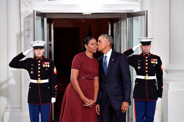 Những bức ảnh giải thích vì sao người Mỹ luôn nhớ Obama - 8