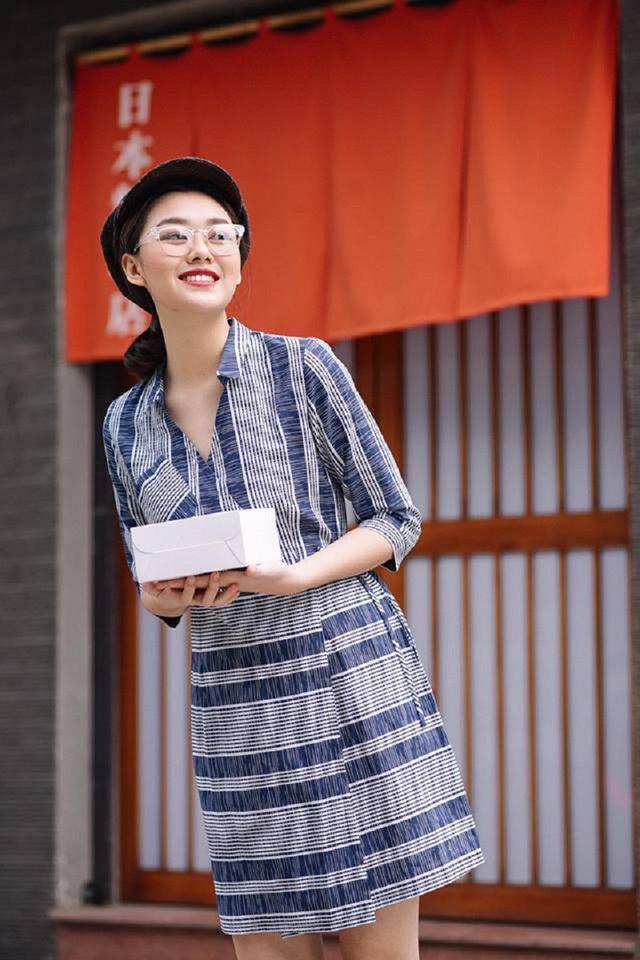 """<p> Hot girl sinh năm 2000 được biết đến với vai trò người mẫu ảnh lookbook. 10x Phan Đình Phùng có hơn một năm theo đuổi nghiệp mẫu và là """"con nhà nòi"""" khi có mẹ và chị đều làm trong ngành thời trang.</p>"""