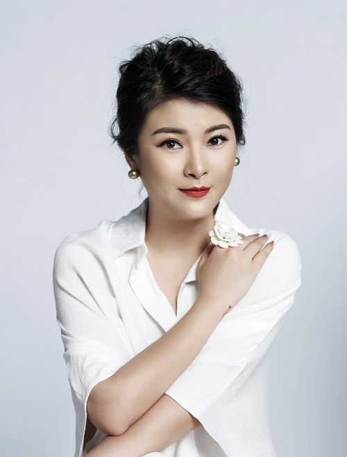 Nghệ sĩ ưu tú Kim Oanh.