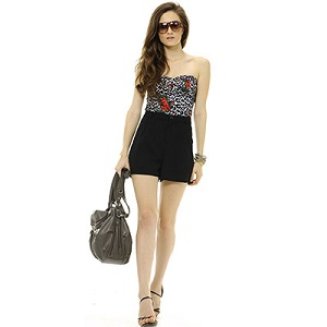 Trắc nghiệm: Đọc vị tính cách bạn gái qua phong cách thời trang mùa hè