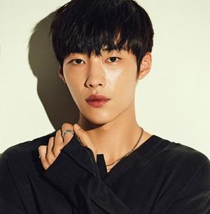 Fan thông thái có biết sao nam Hàn này là ai? - 2
