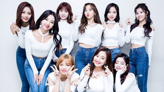 Black Pink, Twice, AOA debut khi nào? - 2