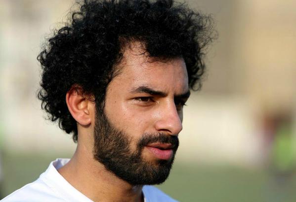Mohamed Salah sinh năm 1992, là ngôi sao của ĐTQG Ai Cập. Anh từng giành giải cầu thủ trẻ tài năng nhất năm châu Phi của CAF vào năm 2012. Mới đây, Salah xác nhận vẫn tiếp tục tham dự kỳ World Cup 2018 sắp tới ở Nga dù vẫn đang trong quá trình điều trị chấn thương. Tuyển Ai Cập của Salah nằm ở bảng A cùng Saudi Arabia, Uruguay và nước chủ nhà Nga.