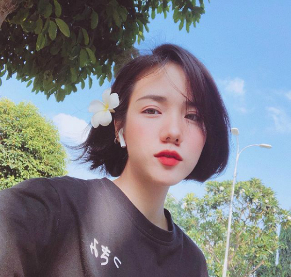 5 nàng hot girl xinh bất chấp với tóc ngắn - 2