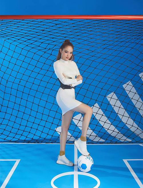 Minh Hằng thực hiện bộ ảnh thể thao hưởng ứng mùa World Cup.