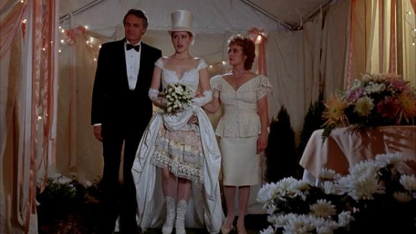 Những chiếc váy cưới thảm họa trong lịch sử phim ảnh Hollywood - 1