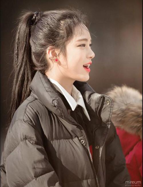 7 idol Hàn mới 15 tuổi đã xinh hết phần người khác