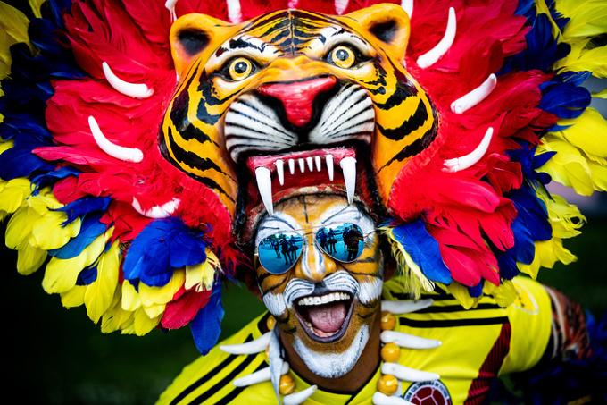 <p> Người hâm mộ Colombia rất chịu chơi và sáng tạo. Trong ảnh, anh bạn Jose Florentino đã sử dụng khuôn mặt để vẽ painting ấn tượng và đội chiếc mão mãnh hổ được trang trí cầu kì.</p>
