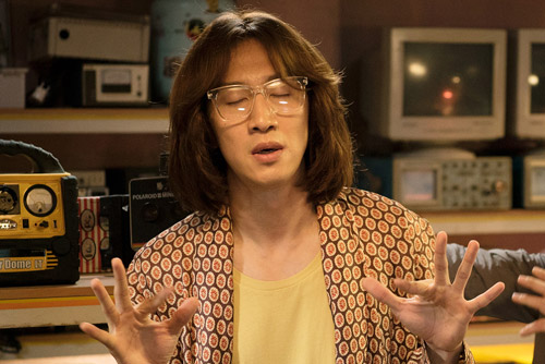 Phim của Hươu cao cổ Lee Kwang Soo còn vượt cả doanh thu bom tấn Hollywood - 1