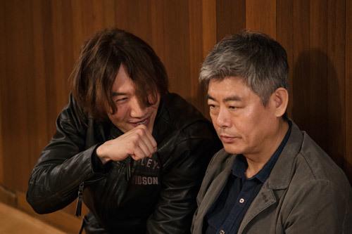 Phim của Hươu cao cổ Lee Kwang Soo còn vượt cả doanh thu bom tấn Hollywood - 2