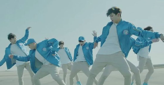 Bạn có nhớ các chi tiết trong MV của GOT7? - 4
