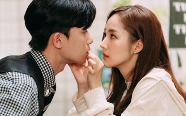 5 lý do để Park Seo Joon chính là phó chủ tịch Lee tự luyến một cách hoàn hảo - 4