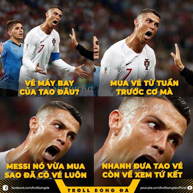 <p> Đưa vé cho Ronaldo mau lên kìa.</p>