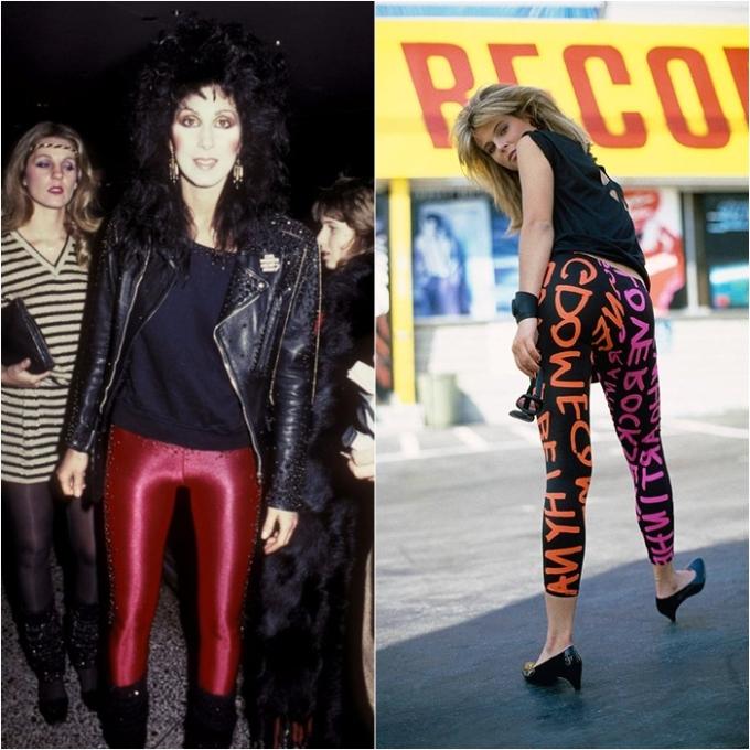 <p> Thập niên 80 là một trong những thời kỳ sôi động nhất đối với làng thời trang thế giới. Trong số rất nhiều xu hướng nổi tiếng, legging chính là item nổi bật, độc đáo và có tính ứng dụng cho đến tận ngày nay. Dưới sự ảnh hưởng của phong trào aerobic và disco, quần legging ôm sát chân in họa tiết màu mè hoặc legging da rất được ưa chuộng.</p>
