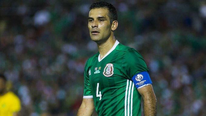 """<p> <strong>Rafa Marquez (ĐT Mexico) :</strong></p> <p> Được thi đấu trên đất Nga mùa hè này đã là một """"phép màu"""" với đội trưởng 39 tuổi của El Tri. Chắc chắn lần dự World Cup tới, ĐT Mexico sẽ không còn sự góp mặt của cầu thủ đã tham dự 5 kỳ World Cup trong sự nghiệp.</p>"""