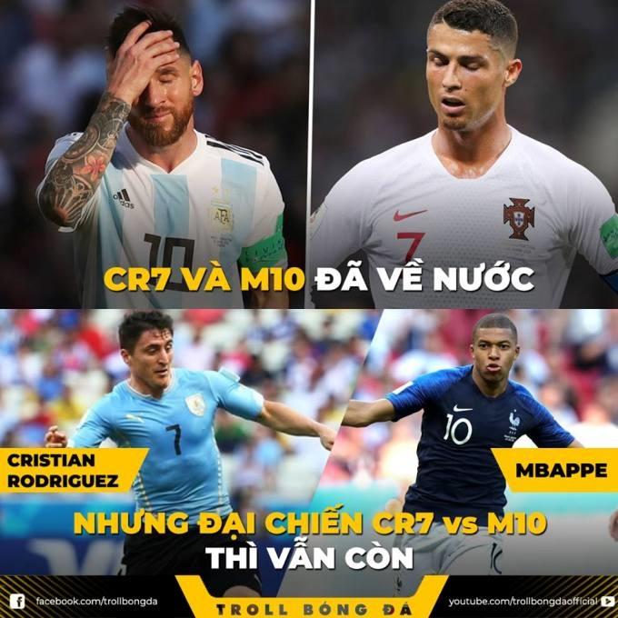 """<p> Cuộc thư hùng Pháp - Uruaguay được ví von như cuộc chiến của hai siêu sao bản """"tiểu M10"""" (Messi) - """"tiểu CR7"""" (Ronaldo).</p>"""