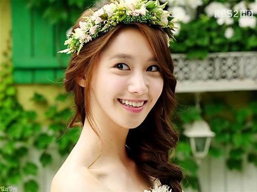 Yoon Ah được bình chọn là ngôi sao có nhân cách tốt nhất làng giải trí
