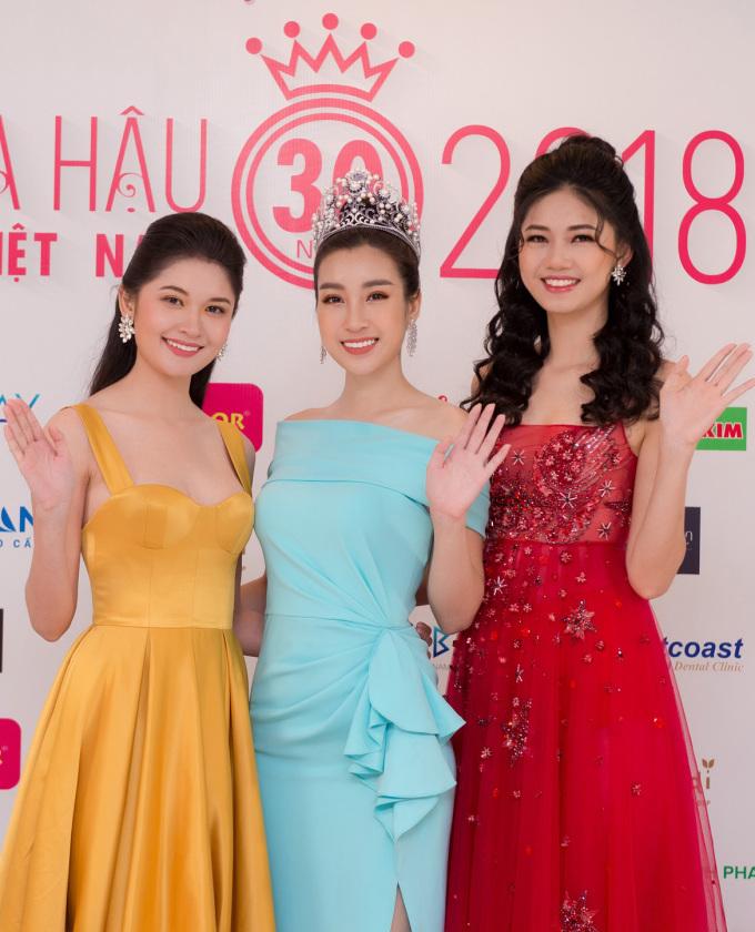 <p> Top 3 Hoa hậu Việt Nam 2016 sắp sửa tìm ra người kế nhiệm.</p>
