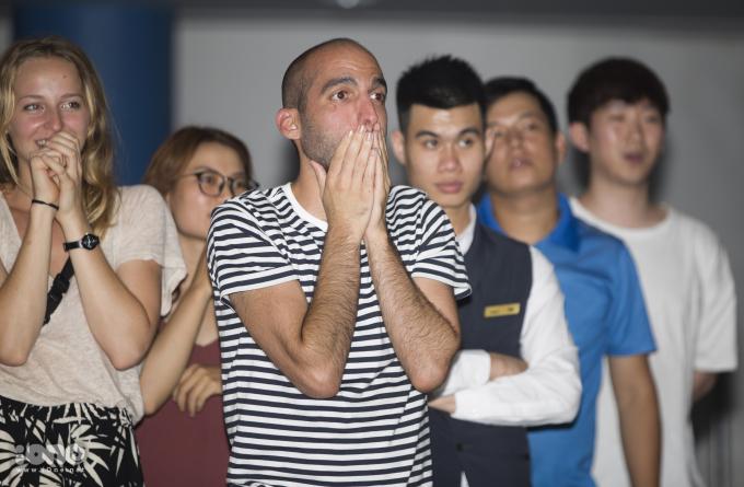 CĐV Pháp tại Hà Nội: Từ lo âu đến bùng nổ niềm vui
