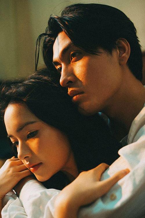 Châu Bùi và Quang Đại chụp hình tình tứ chẳng khác gì phim ngôn tình.