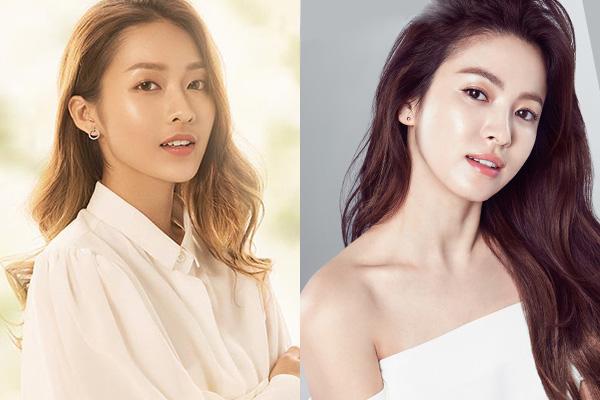 Cả Khả Ngân và Song Hye Kyo đều rất ưa chuộng kiểu tóc xoăn dài, uốn sóng to bồng bềnh, dễ dàng tạo kiểu, đặc biệt là giúp gương mặt trông thanh thoát, nhẹ nhàng hơn. Ở những góc mặt nghiêng 3/4, hai nữ diễn viên Việt - Hàn gây bất ngờ vì giống nhau như chị em. Bên cạnh đó, Khả Ngân cũng từng nhiều lần để tóc lob ngang vai giống Song Hye Kyo.