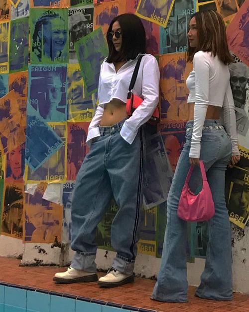 Trong giới hot girl còn có những đại diện sừng sỏi của phong cách Âu Mỹ như Teela, Louis Hà... cũng là những fashion icon được nhiều bạn trẻ Việt học hỏi.
