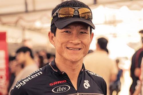 Cựu đặc nhiệm SEAL, thợ lặnSaman Kuman người duy nhất thiệt mạng trong vụ giải cứu.