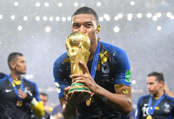 <p> Một kỳ World Cup hoàn hảo và đầy kỷ niệm với tài năng trẻ Kylian Mbappe.</p>