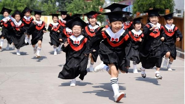 Chi phí học hè của hội rich kids Trung Quốc gây choáng: 30.000 NDT (100 triệu đồng).