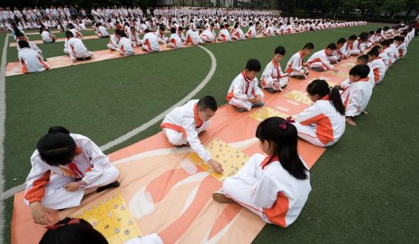 Thế hệ tiểu học Trung Quốc được cha mẹ kỳ vọng và đầu tư rất nhiều.