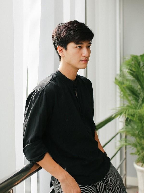 Nam diễn viên 9x Huỳnh Anh.