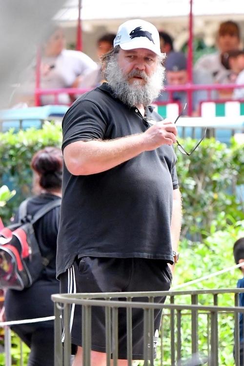 Tuy nhiên, nam diễn viên 54 tuổi của 2018 lại khiến công chúng liên tưởng đến... người sói Wolverine.