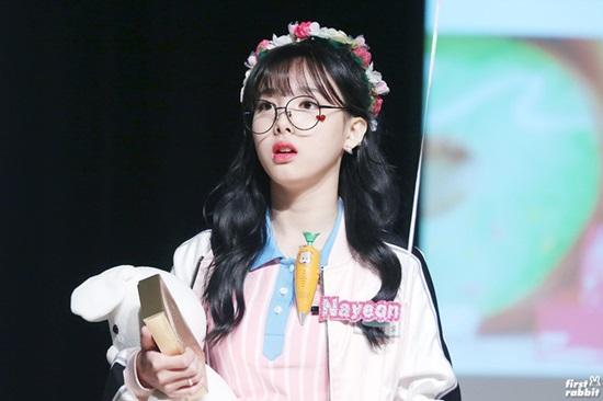 Bạn biết gì về Na Yeon (Twice)? - 2