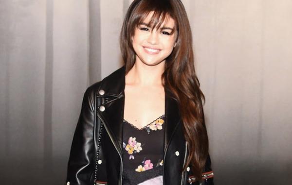 Selena cũng kể về những tật xấu cô không chịu được như việc chàng trai nào đó chụp ảnh tự sướng và đăng tải liên tục lên Instagram chẳng hạn. Cô muốn một chàng trai chính trực mà cô có thể tin cậy tuyệt đối.
