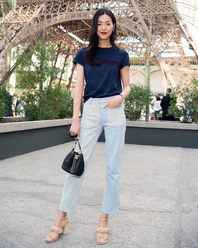 <p> Liu Wen luôn xây dựng hình ảnh sạch, nói không với scandal. Cùng gu thời trang đơn giản, tinh tế, Liu Wen hiện là một trong những siêu mẫu có sức ảnh hưởng hàng đầu thế giới.</p>