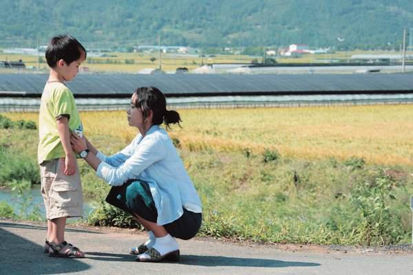 Bộ phim giúp nữ hoàng cảnh nóng Hàn lột xác, tỏa sáng tại LHP Cannes