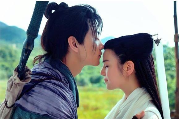 Vu Chính tiết lộ Trần Nghiên Hy đóng Tiểu Long Nữ là do Trần Hiểu thích. Cặp đôi này sau đó phim giả tình thật, đã kết hôn năm 2016 và có một bé trai.