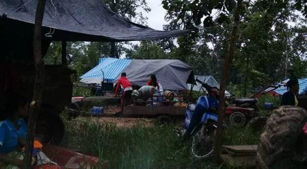 Hiện vẫn còn nhiều người mất tích do nhiều bản thuộc huyện Sanamxay bị cô lập do nước lũ.